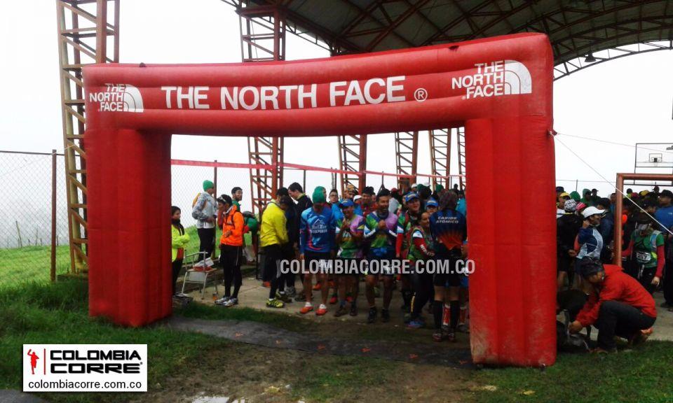 COLOMBIA CORRE en la Carrera Verde La Calera. Aquí pueden compartir todas las fotos de sus carreras de Trail.